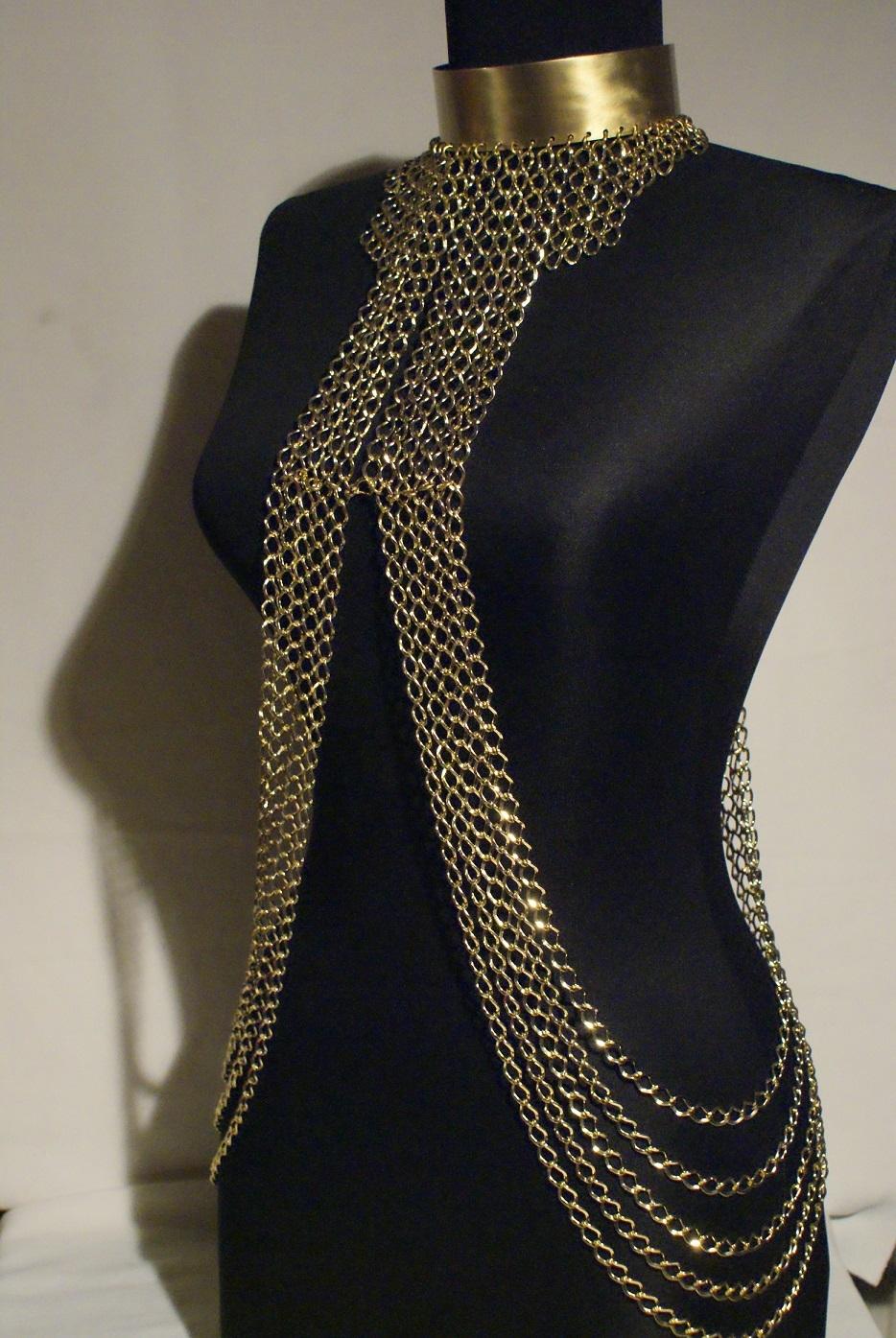 body jewelry necklace