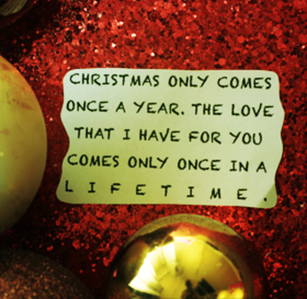 10 Romantic Christmas Quotes