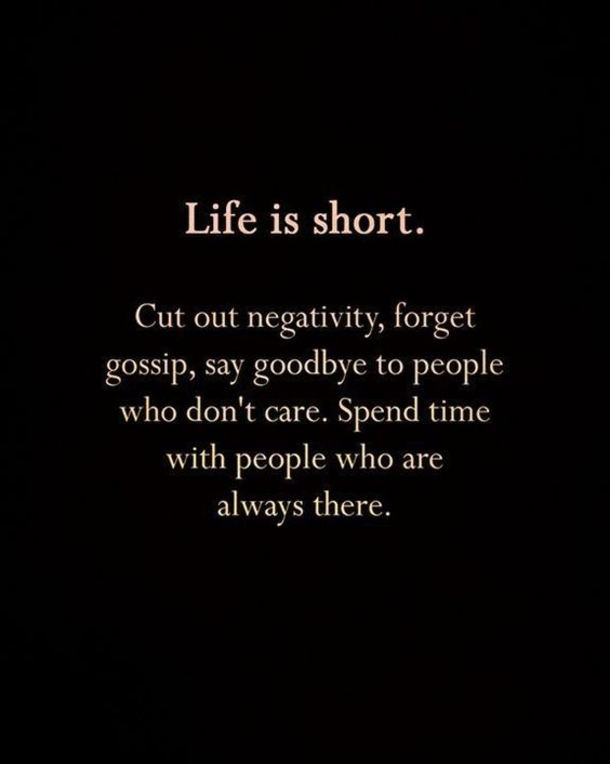 10 Short Life Quotes From Instagram