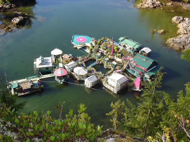 Couple Lives Off-the-Grid In A Floating Self Sustaining Home