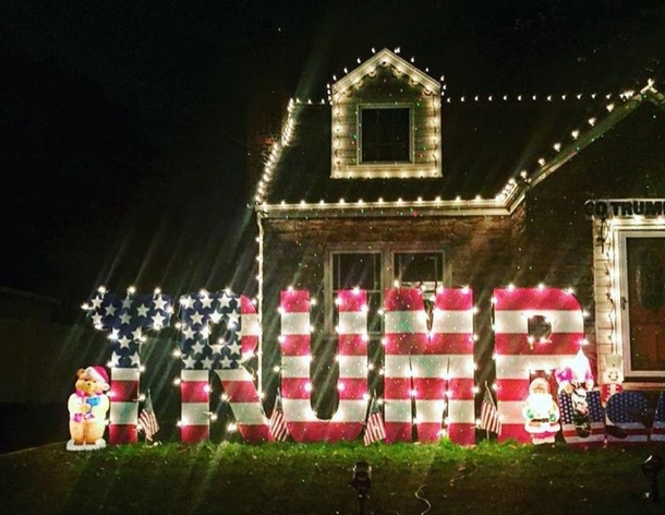 How Cool Are These Trump Christmas Lights